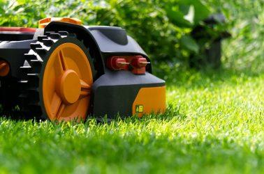 robot tagliaerba con mulching system